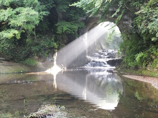 清水渓流広場・濃溝の滝